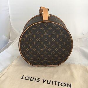 Authentic Louis Vuitton Boite Chapeaux 30